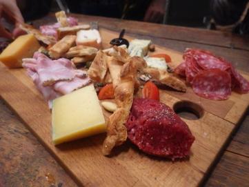cheese platter stoom bar web